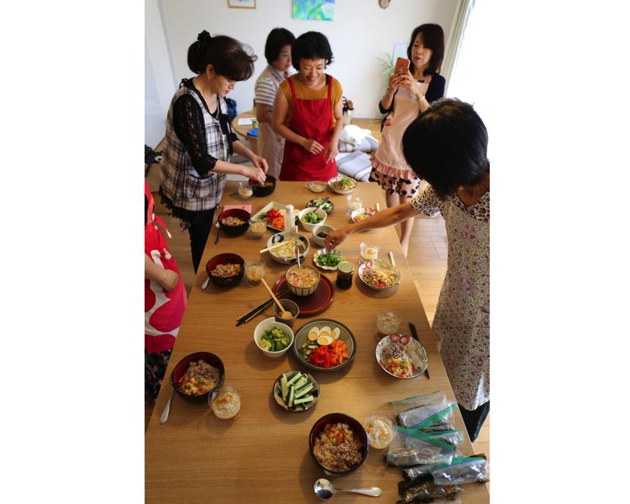 【小平市花小金井駅・講座】オーガニックカフェで生きたお醤油作り教室